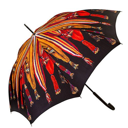 מטרייה מעוטרת בדגמי חגורות מסורתיות