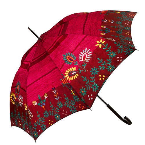 מטרייה מעוטרת בדגם רקמה מסורתית