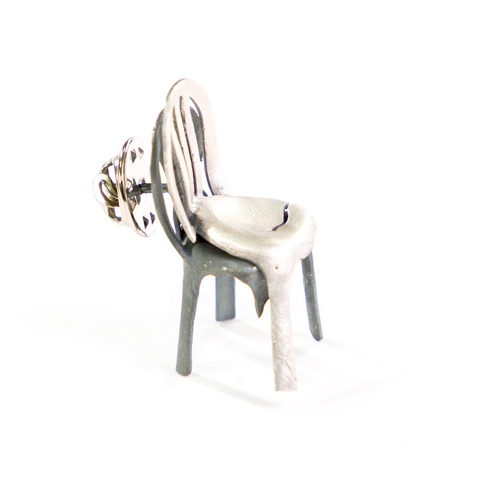 סיכת כיסא כפול, תלת-ממד