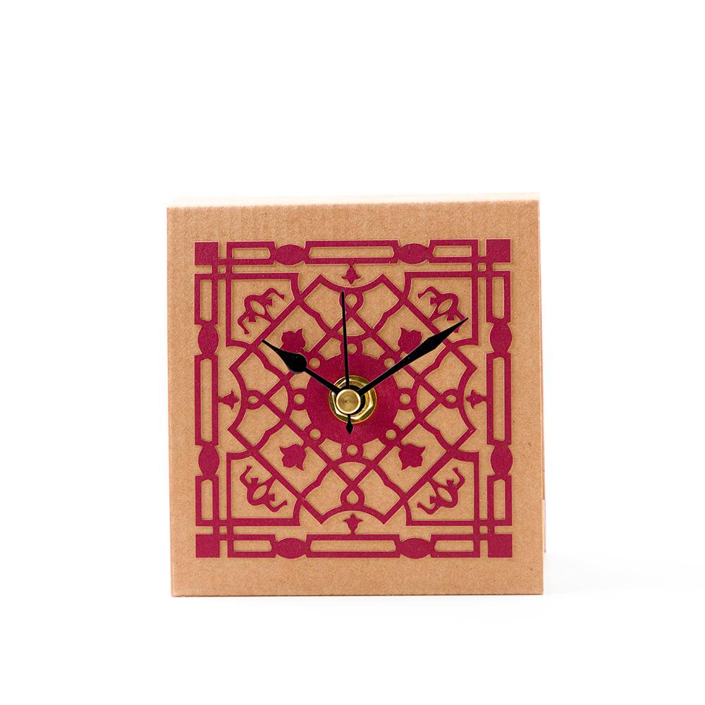 שעון שולחני ממלוכי – אדום